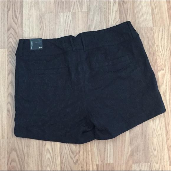 Pants - Torrid Black Jacquard Short Shorts Halloween?